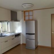 2つのキッチンをつくり2世帯風にしました。